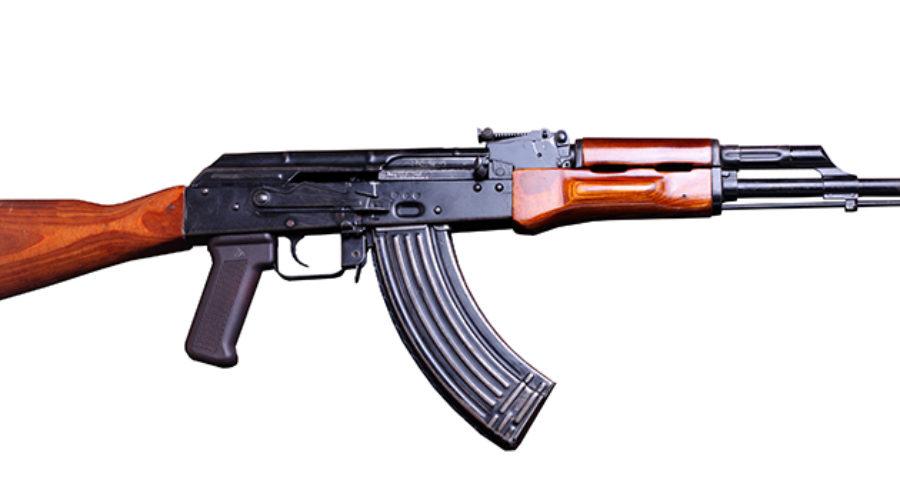 AK 47 vs M4